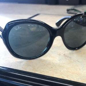 Ray-Ban Accessories - Ray-Ban black sunglasses